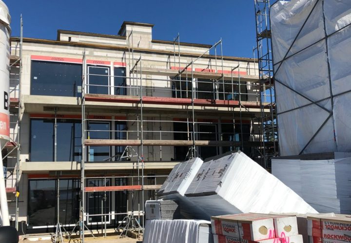 <p>Großräschen Wohnpark Hafenblick<br /> Bau und Vertrieb schreiten voran</p>